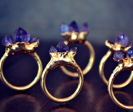 lux_divine_amethyst_gold_ring