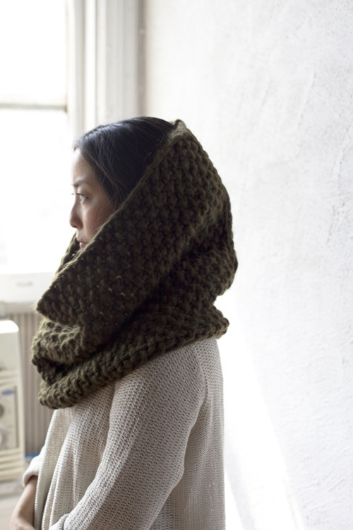 wool-and-the-gang-snood